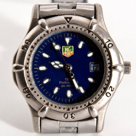 tag heuer professional 1500